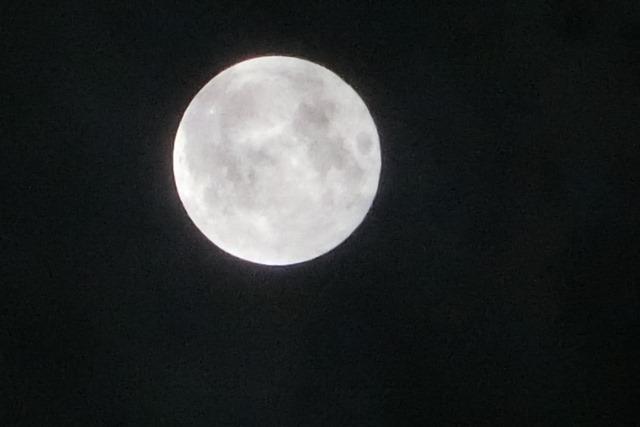 藤田八束の自然の美しさ@夕方から朝方に光輝く「スーパームーン」に希望を託す_d0181492_23272471.jpg