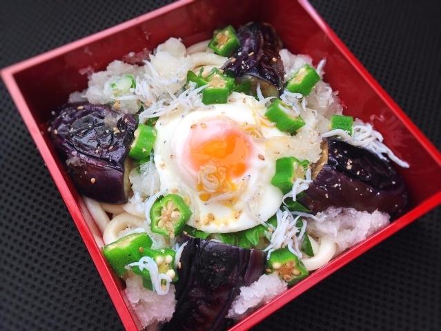 【midori-bentoさんのお弁当】しらすおろしうどん弁当