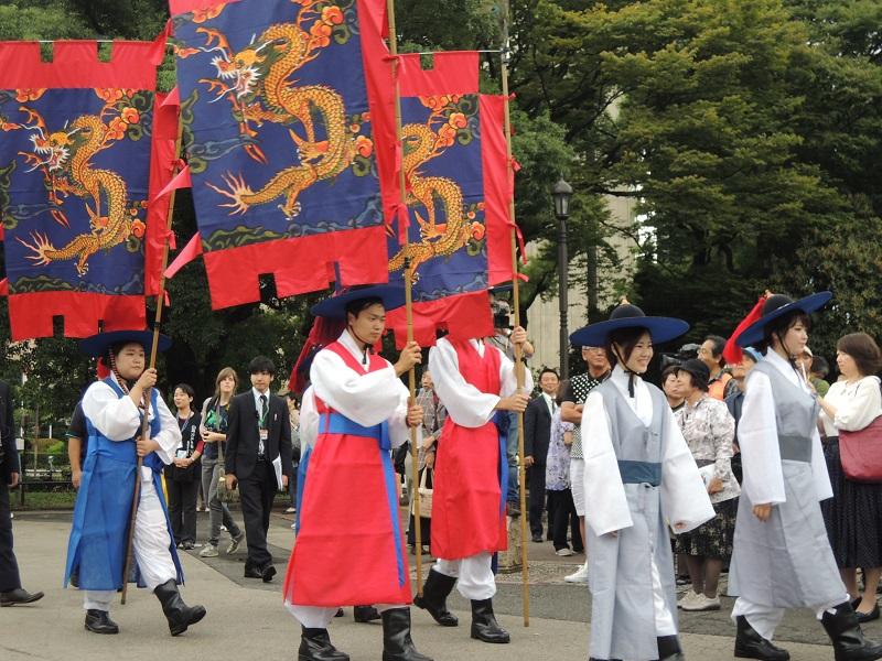 日韓交流おまつり in Tokyo での朝鮮通信使行列の様子をお知らせします_b0280244_15363841.jpg