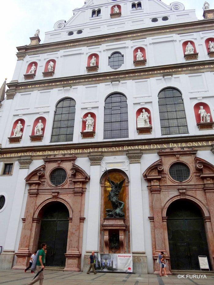 ドイツ9日間の旅 7 ミュンヘン旧市街の教会_a0092659_19482158.jpg
