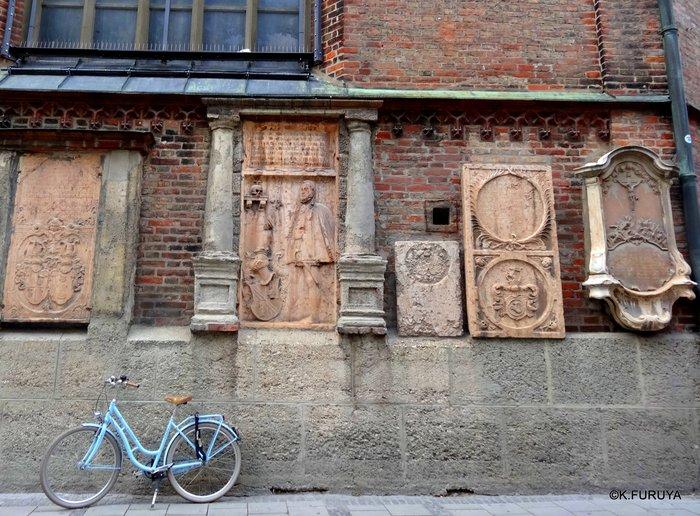 ドイツ9日間の旅 7 ミュンヘン旧市街の教会_a0092659_21241177.jpg