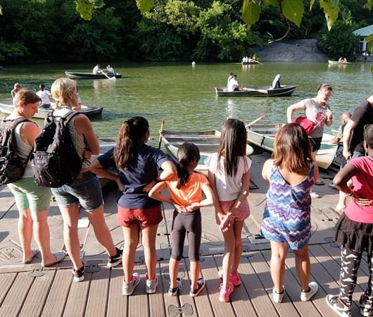 やっぱり水辺は癒されますね~セントラルパークのThe Lake周辺の様子_b0007805_23111471.jpg