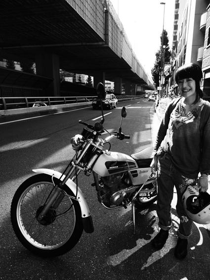 5COLORS「君はなんでそのバイクに乗ってるの?」#99_f0203027_18163122.jpg