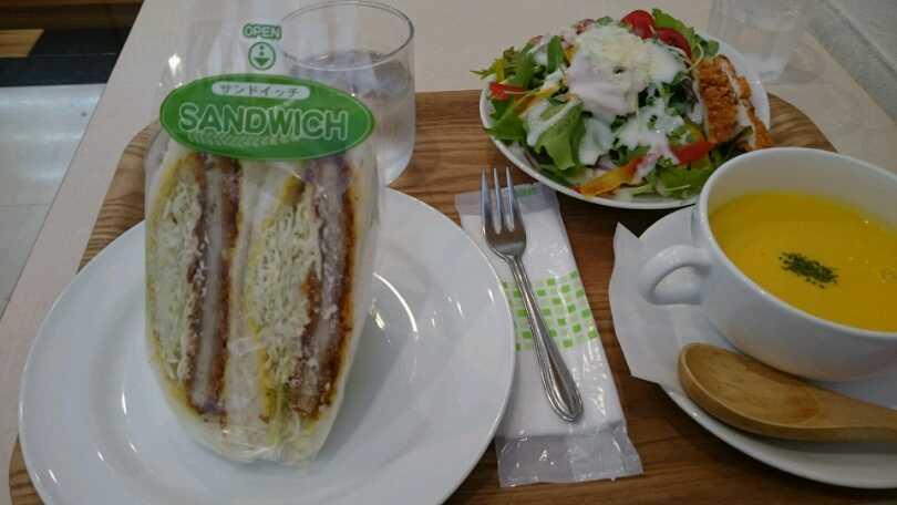 サンドイッチのランチ『フレスコ サンド カフェ』_c0325278_19383800.jpg