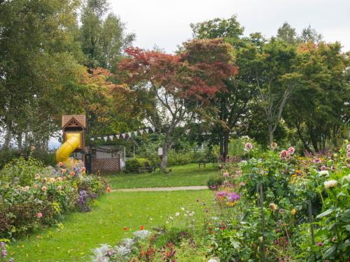 10月秋めいてきた農村風景とハロフィンの「紫竹ガーデン」_f0276498_16025577.jpg