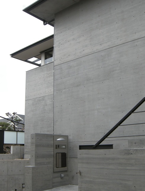 坂の家_f0001829_15515672.jpg
