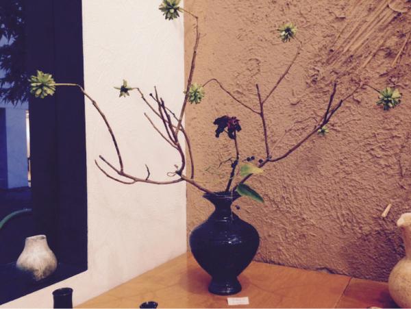 今日の 花器と花_b0132442_17404561.jpg