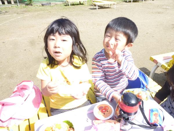 楽しみにしていたピクニック♪♪_a0180348_16355915.jpg