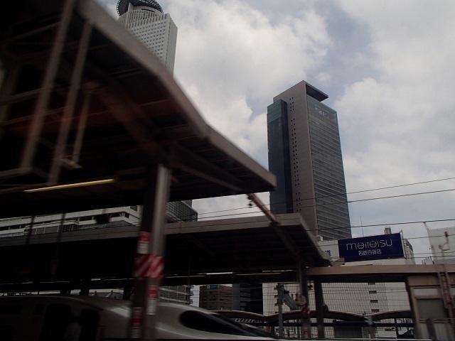 新幹線  (新大阪へ向う朝 編)_d0105967_18503614.jpg