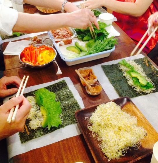 RAW FOODお料理教室 vol.2 @ PARTS-C CAFE_c0250976_655145.jpg