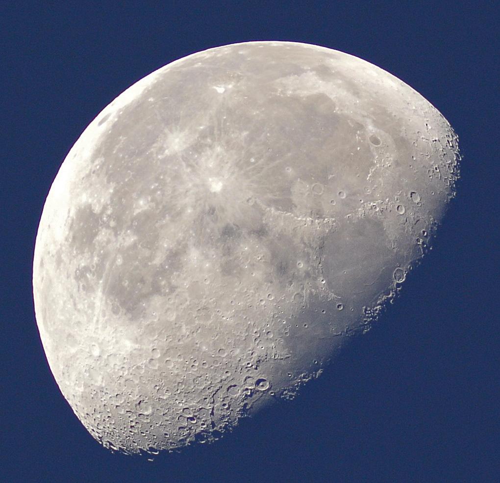 2015年10月3日未明の月(月齢19.3)、金星_e0089232_06183311.jpg
