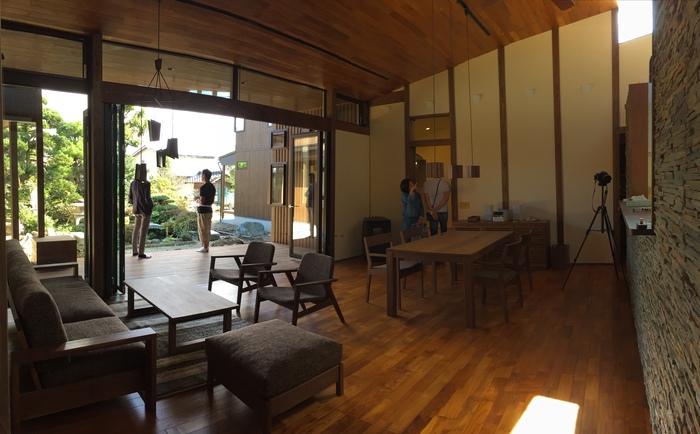 家具がはいった_e0189939_2054163.jpg