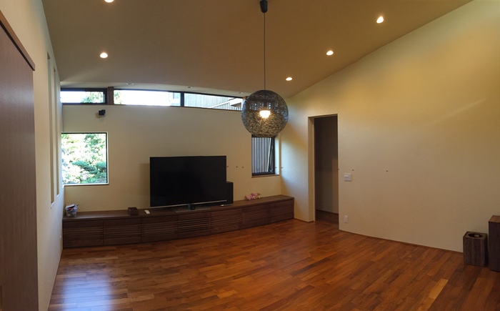 家具がはいった_e0189939_207156.jpg