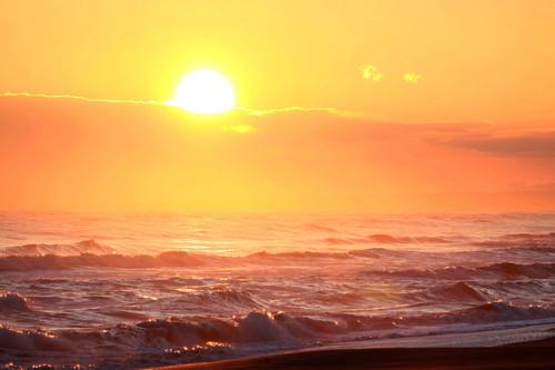 爆弾低気圧で大シケ波しぶき 10月3日_f0113639_16464083.jpg