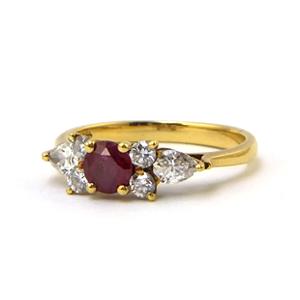 ルビーとダイアモンドの指輪*リフォーム後_e0131432_10571509.jpg