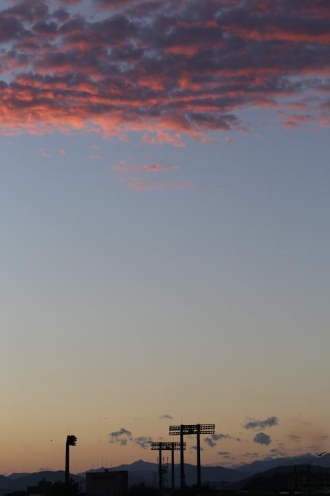 桃色の雲にあいたい_e0241944_00170309.jpg