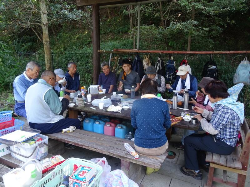 昼食は「原田レストラン」で・・・? in うみべの森_c0108460_20151650.jpg