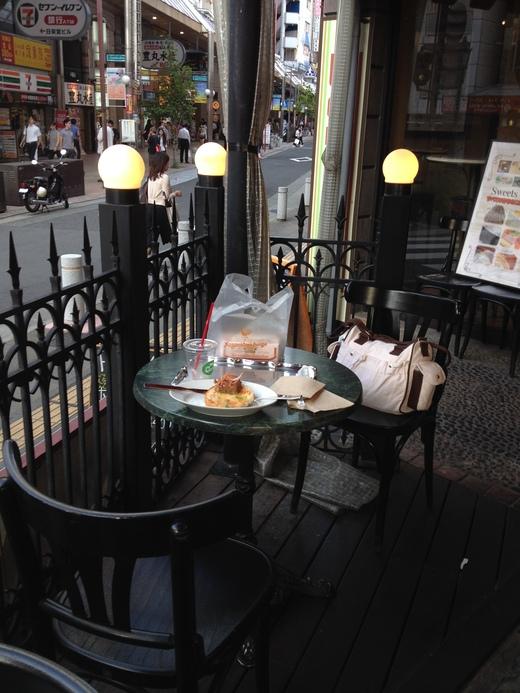 日本東西でフィレンツェのイノシシ_a0136671_2433671.jpg