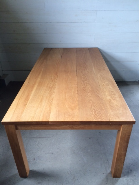 NS DINING TABLE_c0146581_20423166.jpg