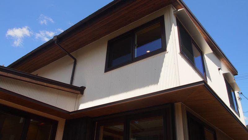 外壁材の選択~ガルバリウム鋼板~_b0131012_22352948.jpg