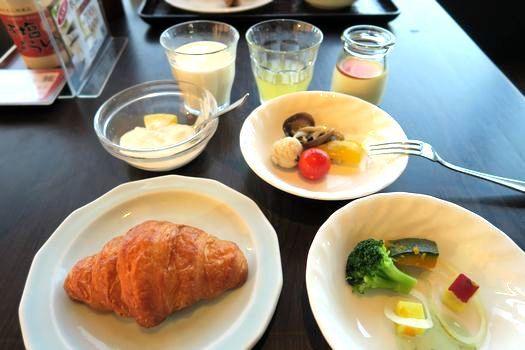 ラビスタ函館ベイの朝ごはん_c0134734_16363291.jpg