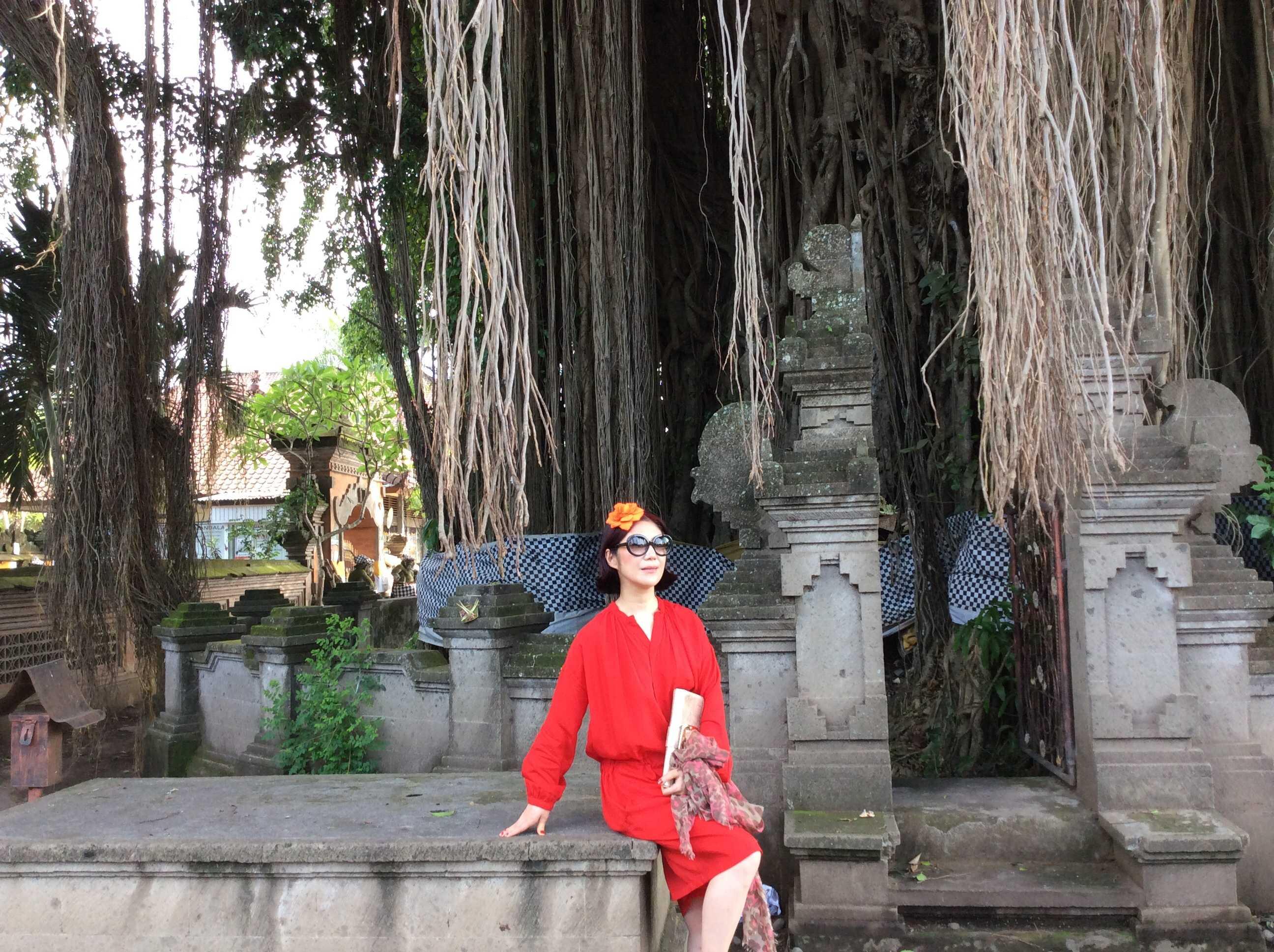 バンヤンツリーの木の下で☆_d0339884_17452212.jpg