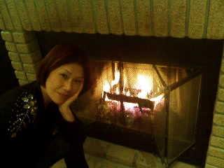 お初!暖炉に火をいれました☆_d0339884_17565538.jpg
