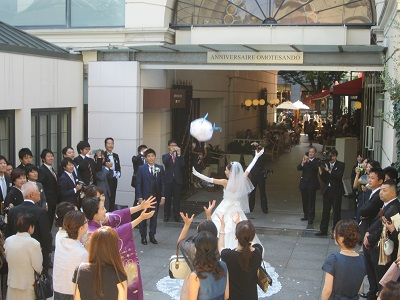 シルバーウィークは またまた東京 あきなちゃん結婚式~♪_e0123286_18103458.jpg