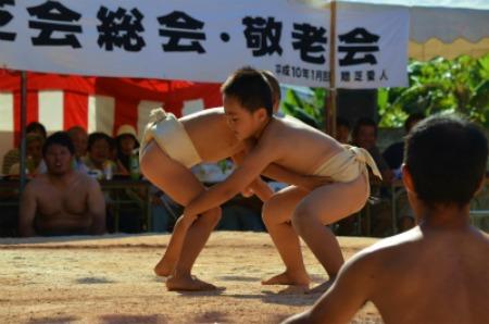 シマが変われば相撲も変わる♪ 芝集落♪_e0028387_015491.jpg