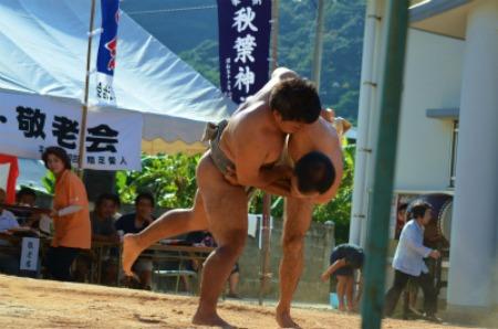 シマが変われば相撲も変わる♪ 芝集落♪_e0028387_0175743.jpg