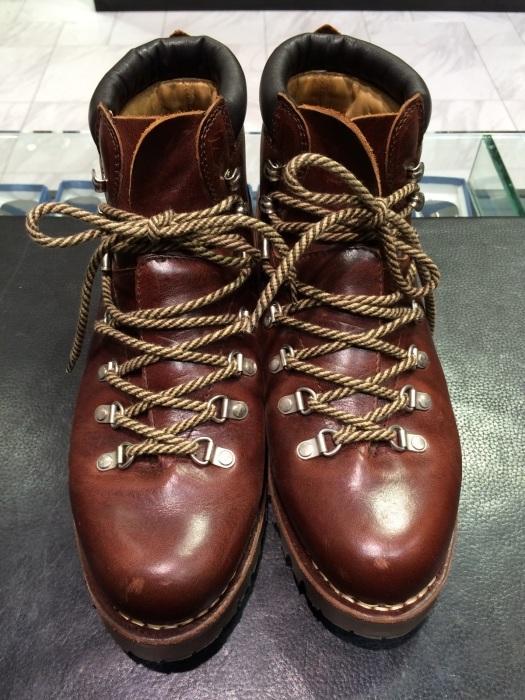 登山靴(パラブーツ)の街履き用お手入れ!_b0226322_10524674.jpg
