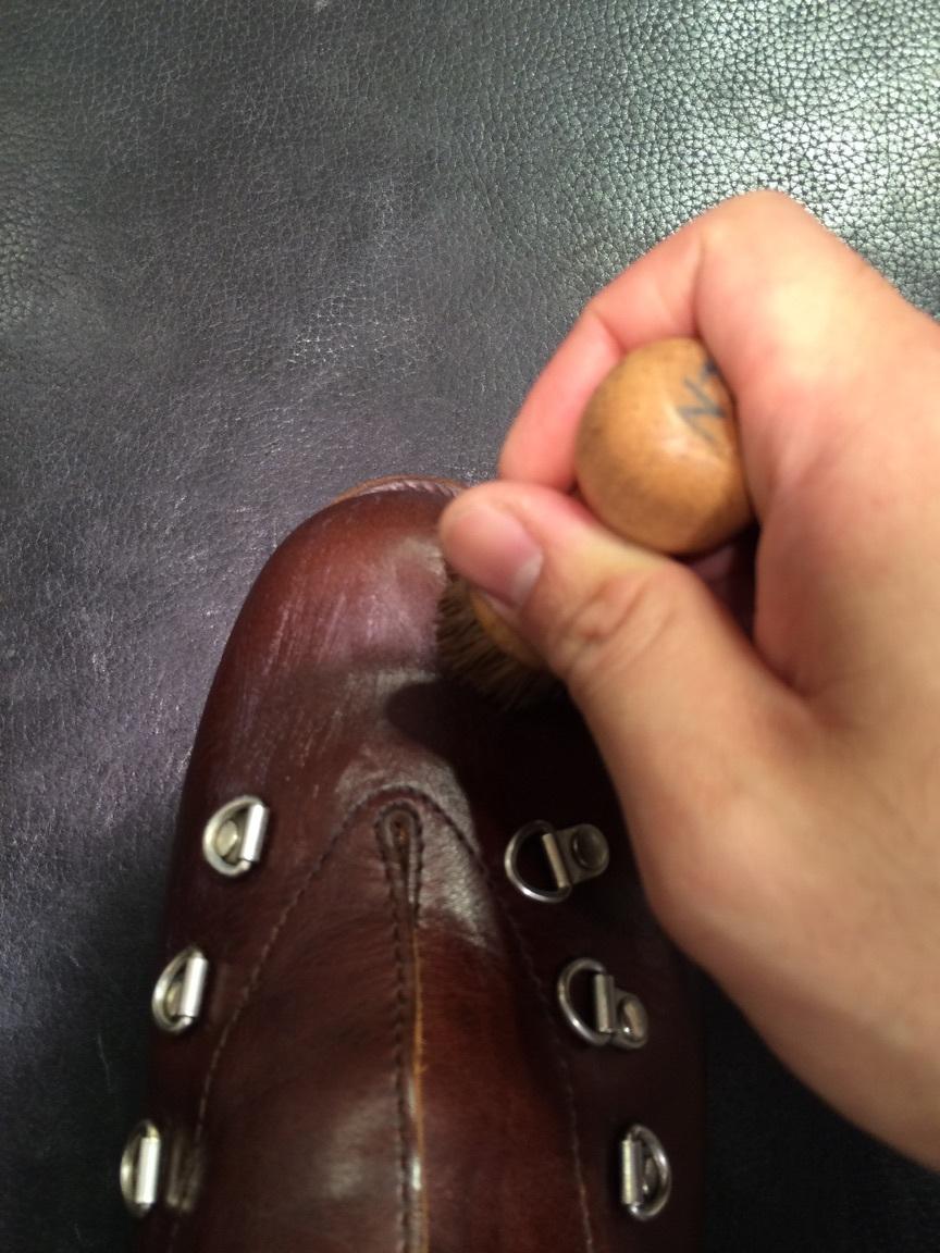 登山靴(パラブーツ)の街履き用お手入れ!_b0226322_10531305.jpg