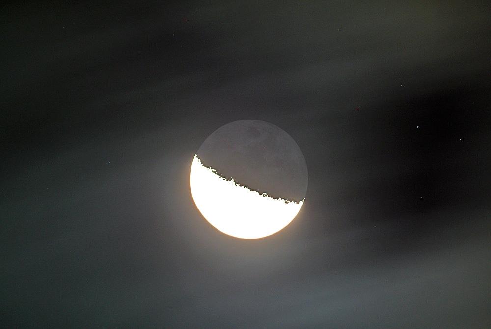 2015年10月6日未明の月&地球照(月齢20.5)、金星_e0089232_04013732.jpg