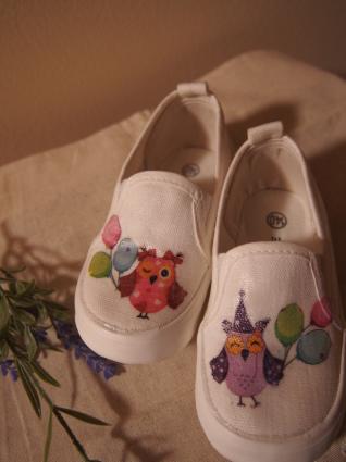 孫の靴にデコパージュ_f0331101_23524184.jpg