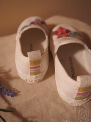 孫の靴にデコパージュ_f0331101_23530442.jpg