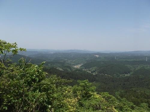 御岩神社3 頂上にある石2つ_a0064067_15115154.jpg