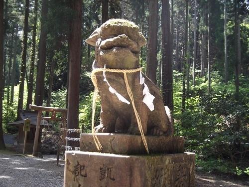 御岩神社1 御岩神社本殿へ_a0064067_15322896.jpg