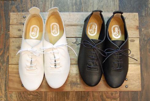 靴 cocoa news 10.8  _a0043747_1814431.jpg