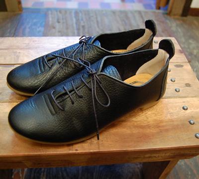 靴 cocoa news 10.8  _a0043747_1814526.jpg