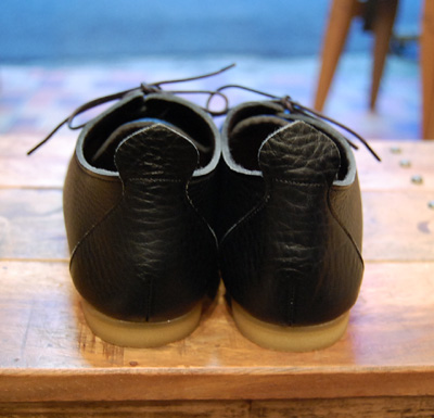 靴 cocoa news 10.8  _a0043747_1815190.jpg