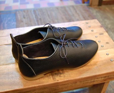 靴 cocoa news 10.8  _a0043747_1815836.jpg