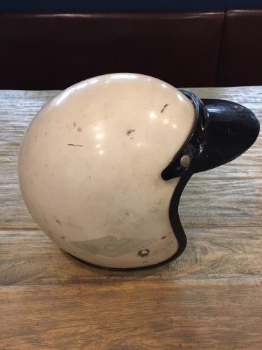 ヘルメット_e0354647_16593802.jpeg