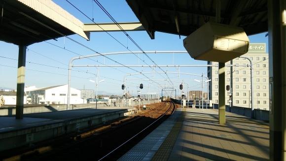 常滑駅にて_d0202264_07273780.jpg