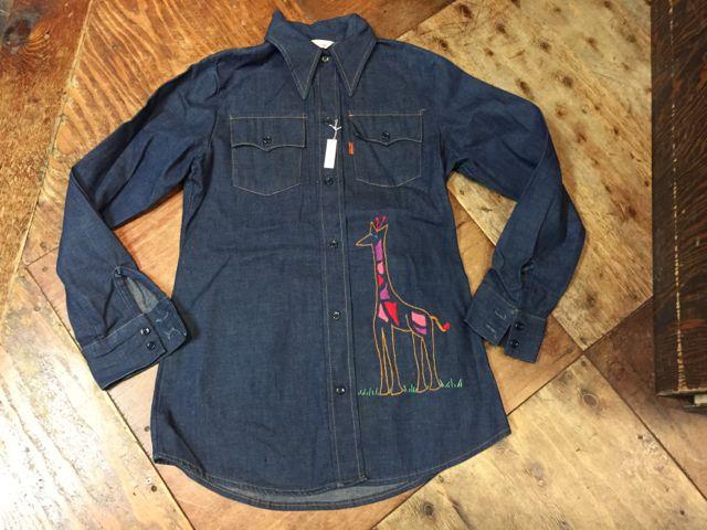 10/10(土)入荷!LADY Levi\'s denim shirts!_c0144020_1801512.jpg