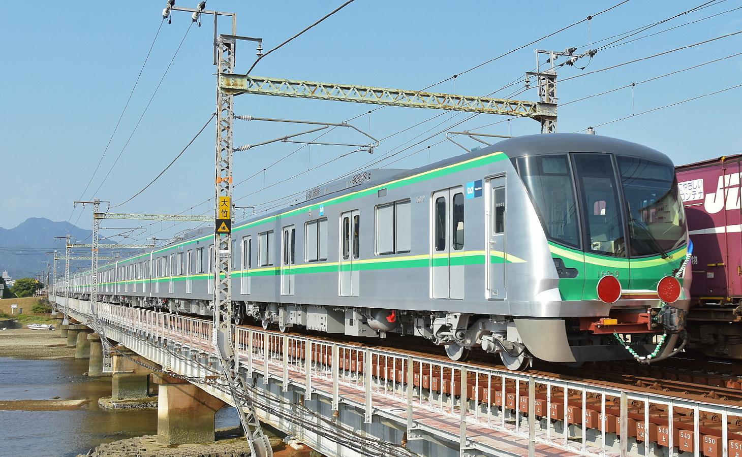 東京メトロ16119F甲種輸送_a0251146_21252354.jpg