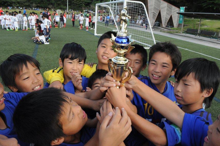 JAバンク鳥取 ちょきんぎょカップ 第18回鳥取県少年サッカー(Uー10)大会_f0104461_23372033.jpg