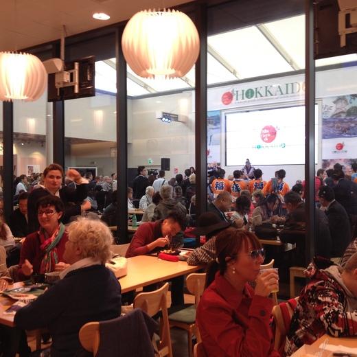ミラノEXPO『北海道まつり』と日本館レストラン_a0136671_1213477.jpg