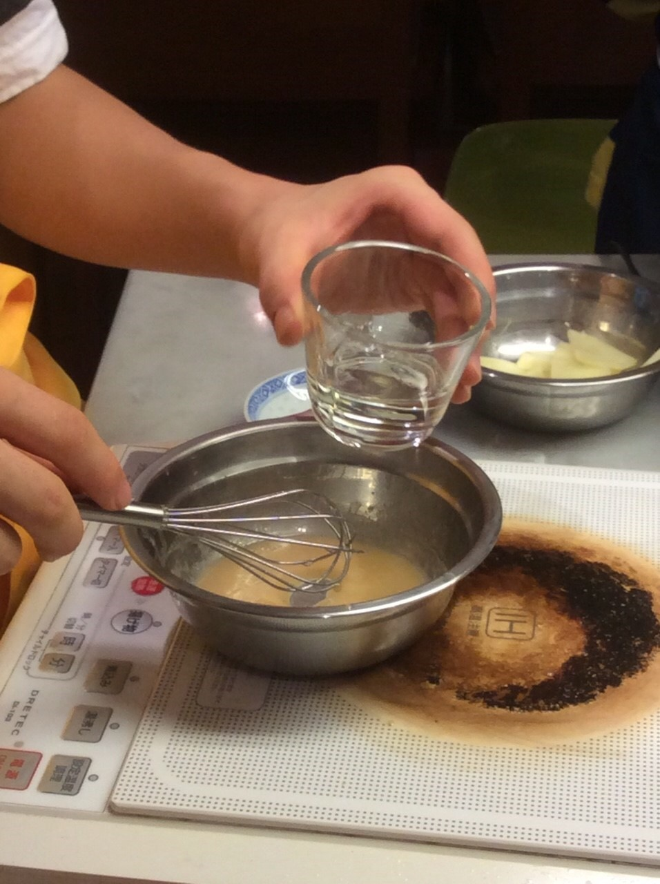ハッピークッキング・・・フランス料理「鶏肉のグラタン、サラダニソワーズ」_f0141419_08534911.jpg