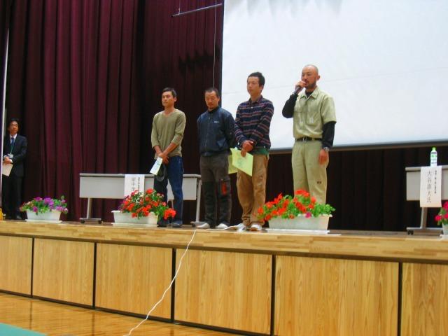智頭町自伐型林業元年記念シンポジウムが盛会の内に終了しました_e0002820_15575385.jpg