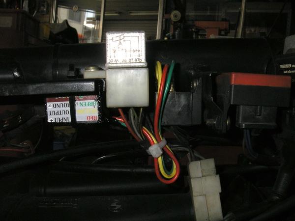 BMW Rtype LED取り付け_e0218639_2311573.jpg
